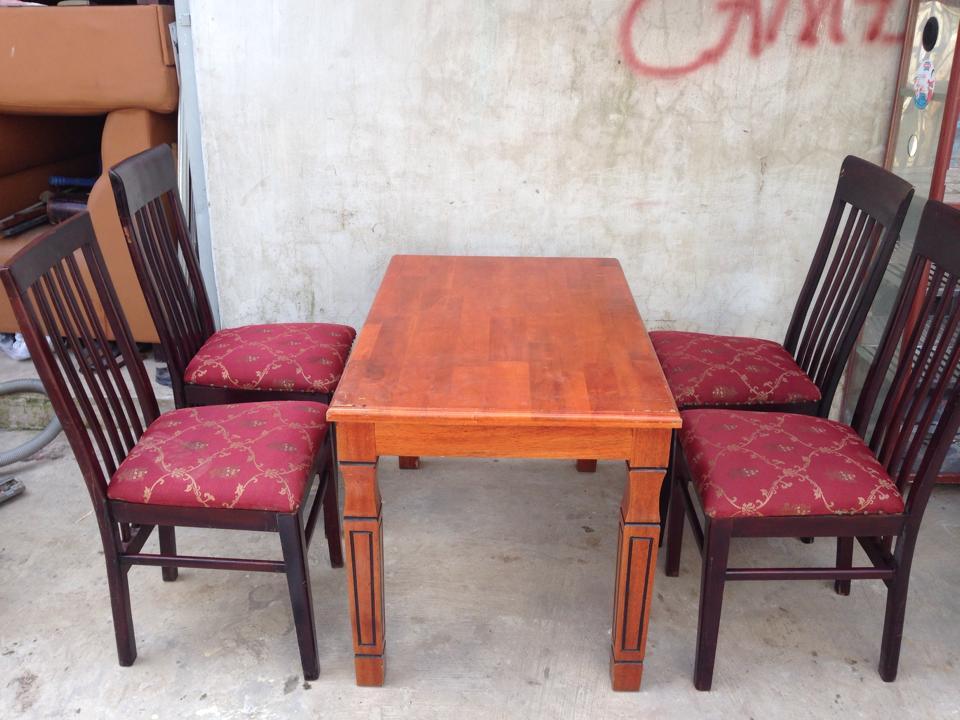 Bộ bàn ghế nhà hàng gỗ (4 ghế)