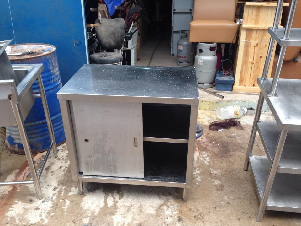 Thanh lý tủ bếp nhà hàng 0587