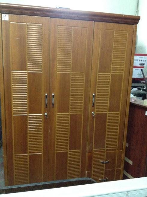 Mua bán tủ quần áo gỗ cũ 003