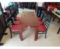 Bàn nhà hàng giảm giá